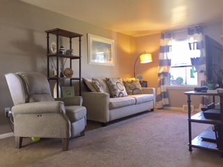 224 Crestview Rd Hatboro, PA 19040 (Livingroom3)
